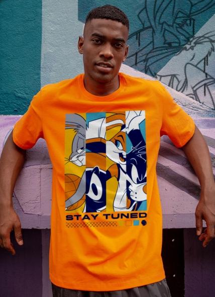 Camiseta Space Jam Stay Tuned
