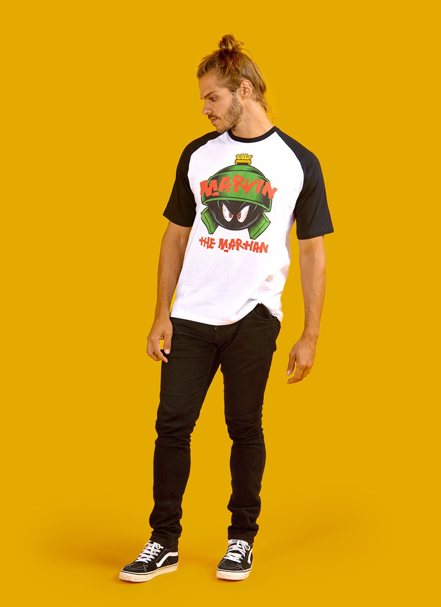 Camiseta Raglan Looney Tunes Marvin The Martian