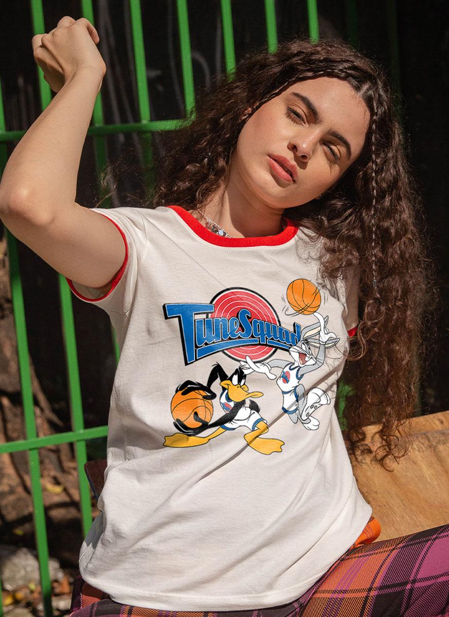 Camiseta Ringer Space Jam Pernalonga e Patolino