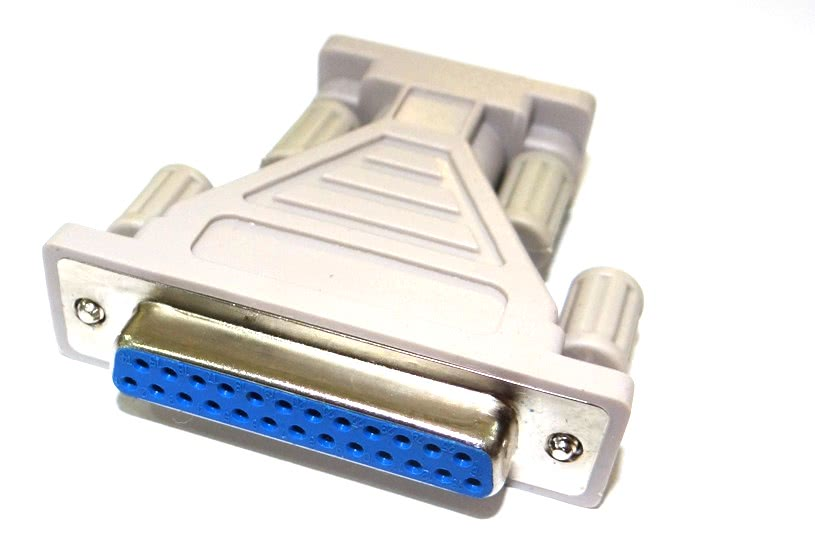 Adaptador Simples DB9 Femea X DB25 Femea 27.049.12