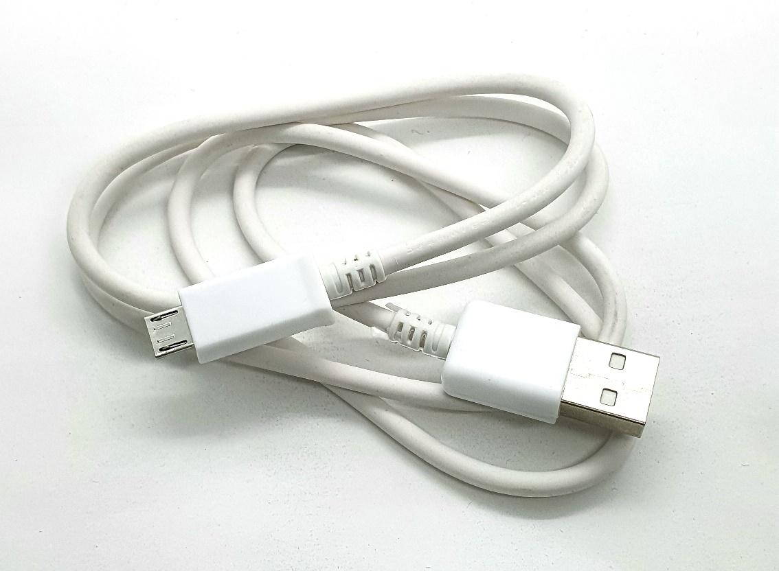 Cabo USB A Macho X USB Mini V8 0.8 m LE802 16.09.016