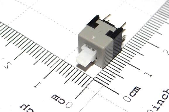 Chave Push-Button Mini 8,5mm Trava Cinza/Preta 6 Termin C7 57.18.001