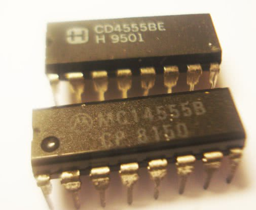 Circuito Integrado CMOS 4555 Dual Binary