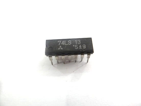 Circuito Integrado TTL 74LS13 2 Schimitt Triggers Nand 2 E  TTL  20