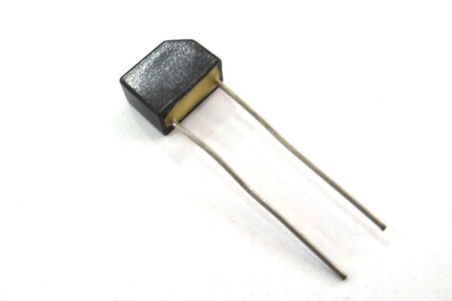Diodo Retificador Rapido SKE4F1/01  100V X 1.2A SK4