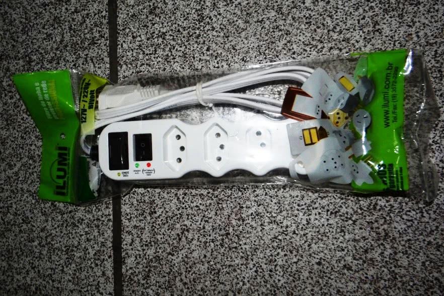 Filtro de Linha  4 Tomadas Plastico 2P+T Ilumi 47.383.4BR