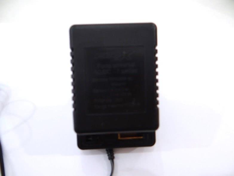 Fonte Multipla 1,5V a 12V 1A Bivolt 6 Plugs XC-ACU 48.195
