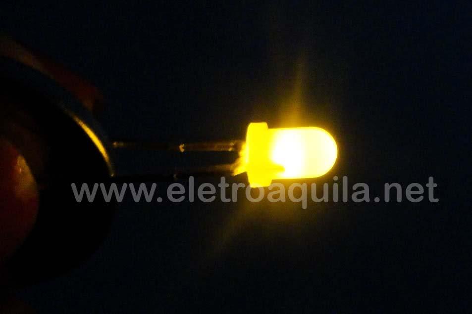 LED  3mm Amarelo Transparente 23.089