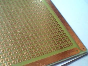 Placa Padrão Fibra de Vidro Ilha 200 x 300 com 8.249 Furos Idall 43.009.10