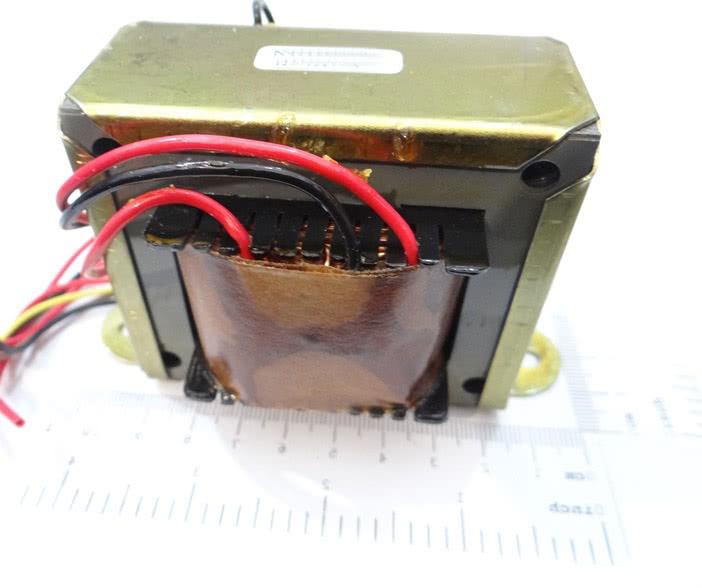 Transformador 5A 0+9V