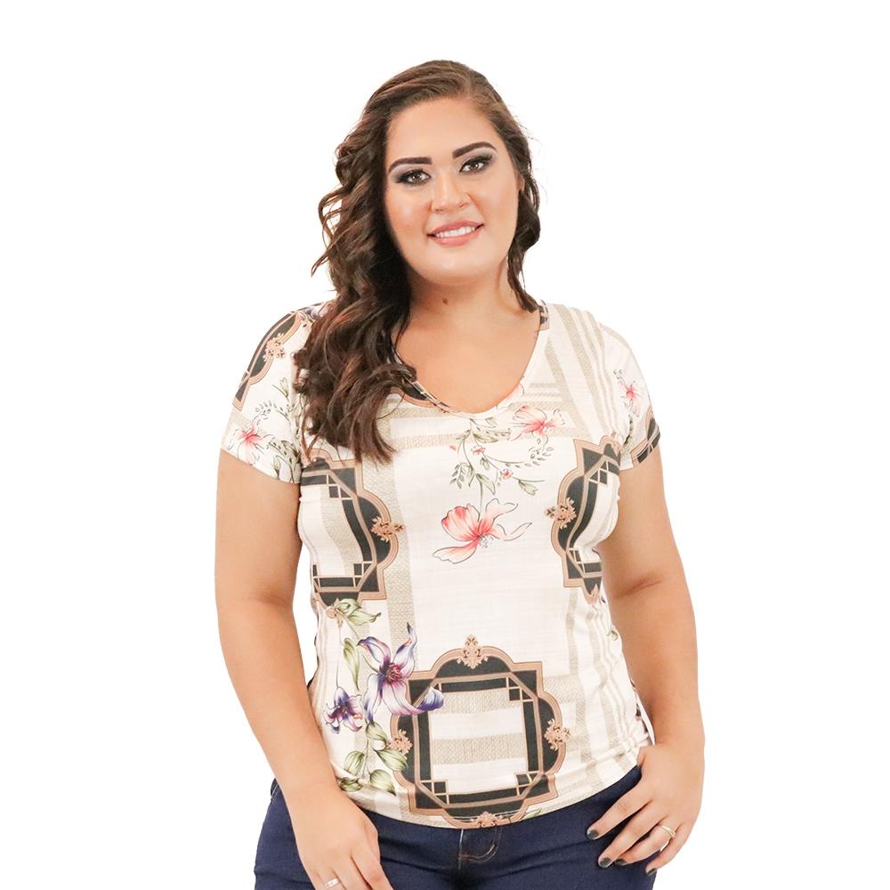 Blusa Plus Size de Suplex Detalhe Vazado nas Costas