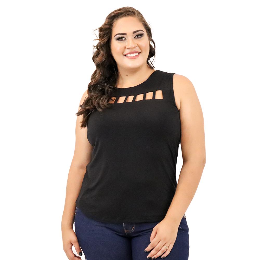 Camiseta Plus Size com Tiras no Decote
