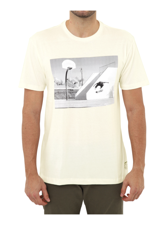 Camiseta DC Shoes Tiago Hellflip Snow Branca