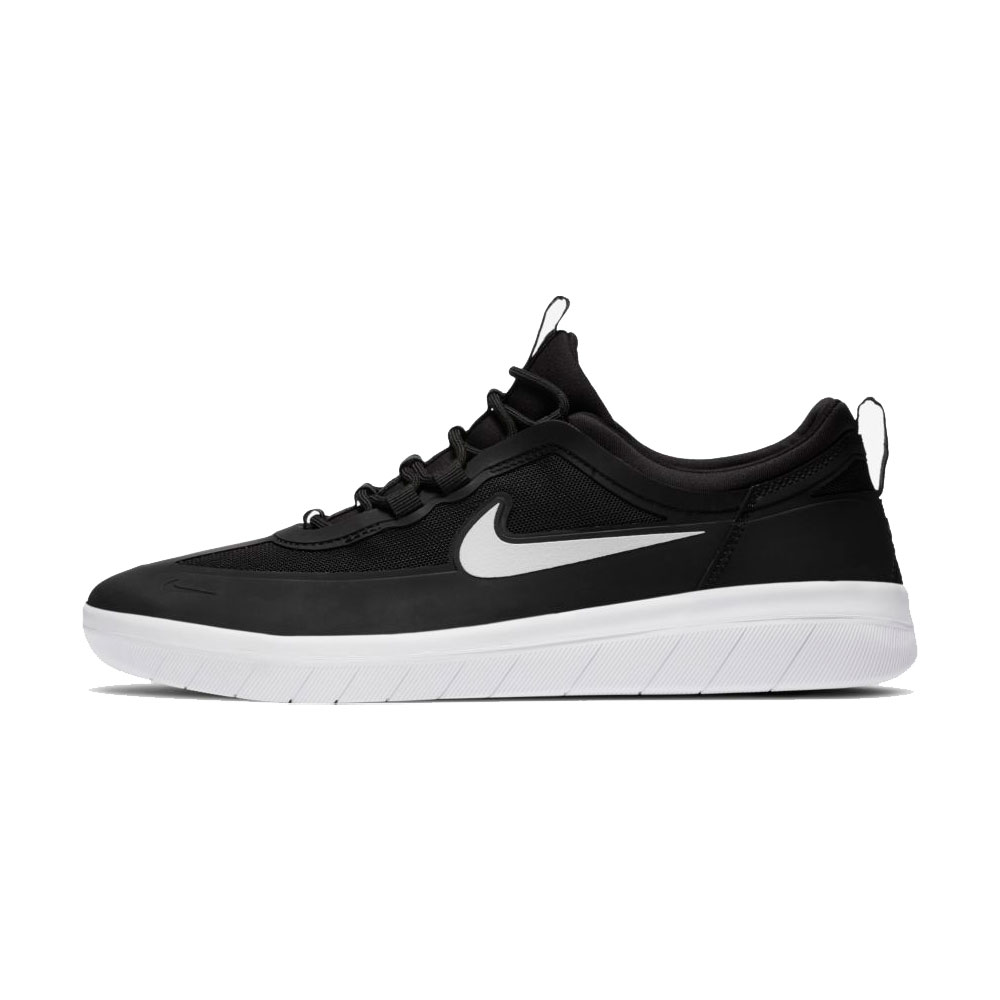 Tênis Nike SB Nyjah Free II Black / White