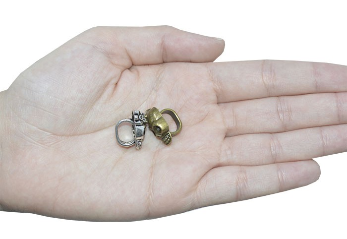 Passante Caveira de Metal 18x13mm Cores Variadas - 04 peças - AM009  - ArtStones