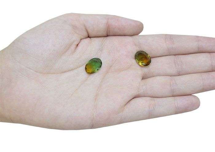 Cristal Lapidado Oval Turmalina Bicolor Verde 10x14mm - 02 peças - CLU_121  - ArtStones