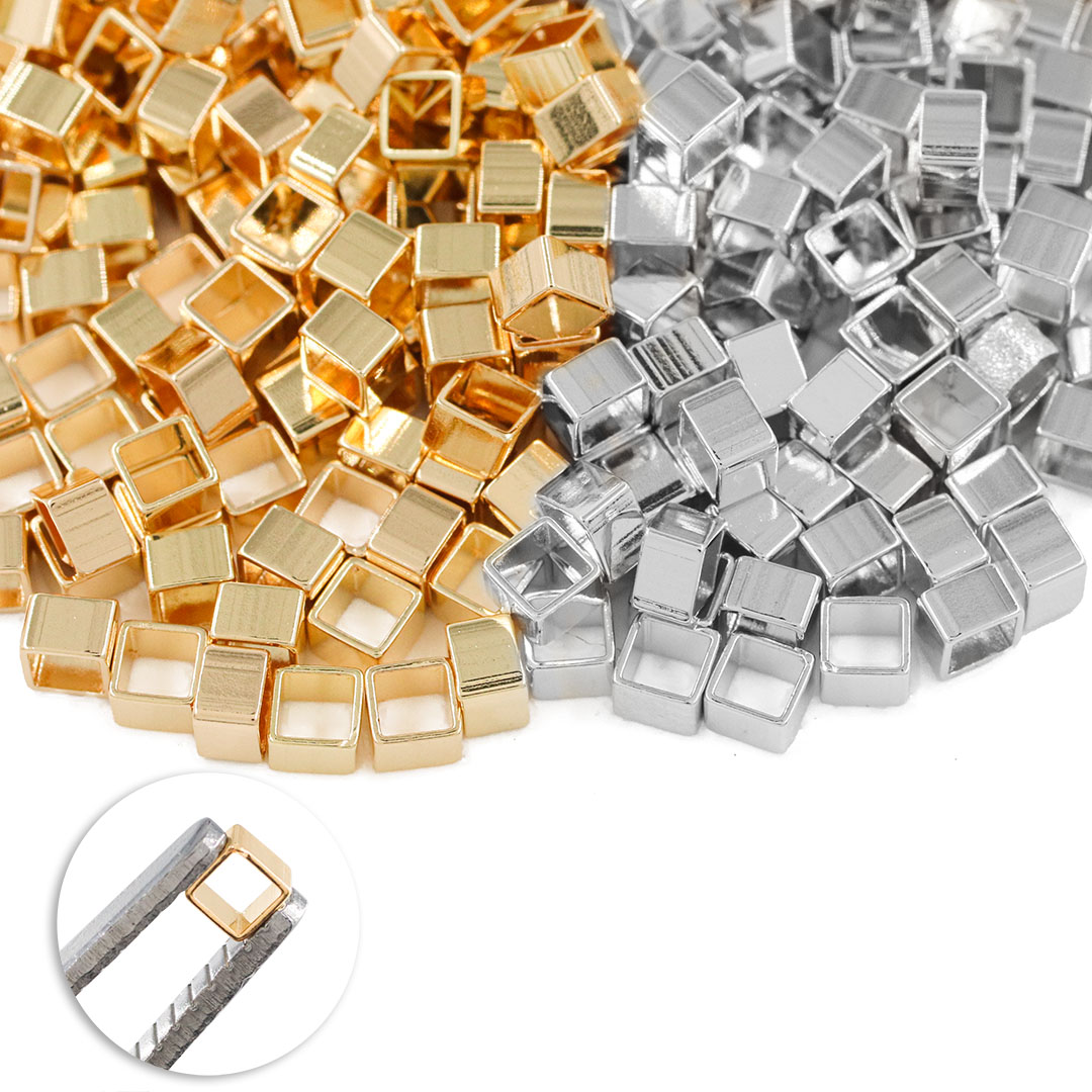 Entremeio Cubo Liso 3x3x2mm Folheado - 2grs- FO177  - ArtStones