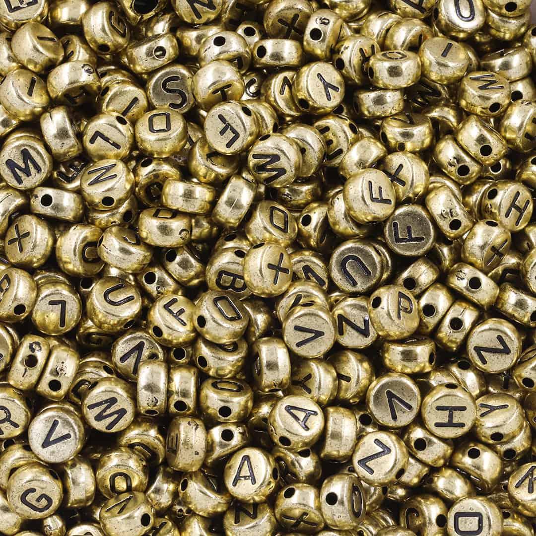 Entremeio Moeda de Acrílico Alfabeto  7mm -  Cores Variadas 30grs - OM011  - ArtStones