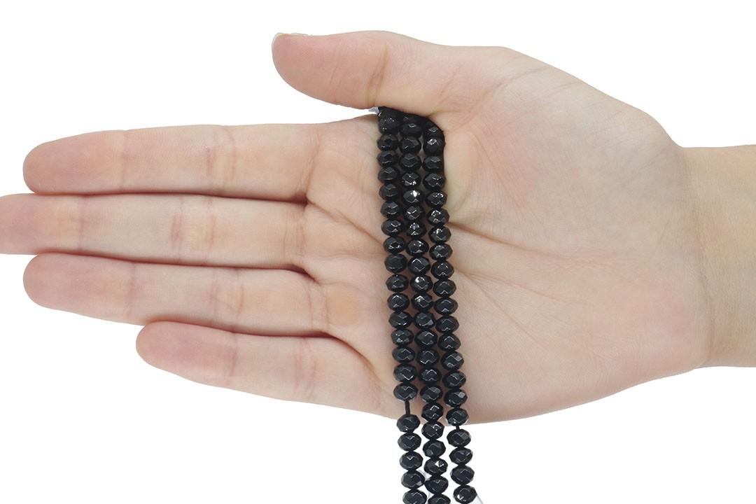 Jade Black Spinel Formato Briolet de 6mm Facetado - F659  - ArtStones