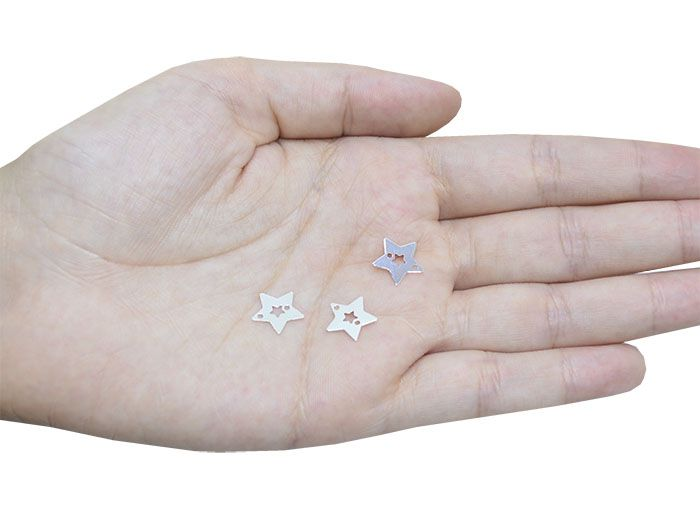 Penduricalho Estrela 11mm Folheado a Prata 02 Furos - 20 Peças - PEFO_147  - ArtStones