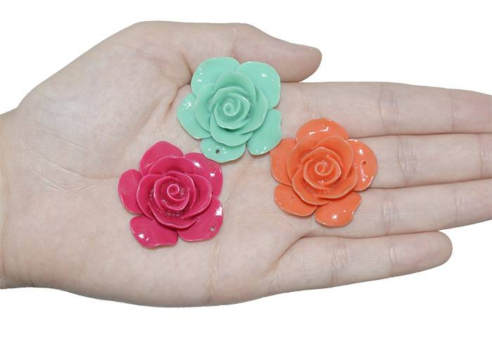 Rosa de Resina 36mm Cores Variadas - 3 Peças - OM018  - ArtStones